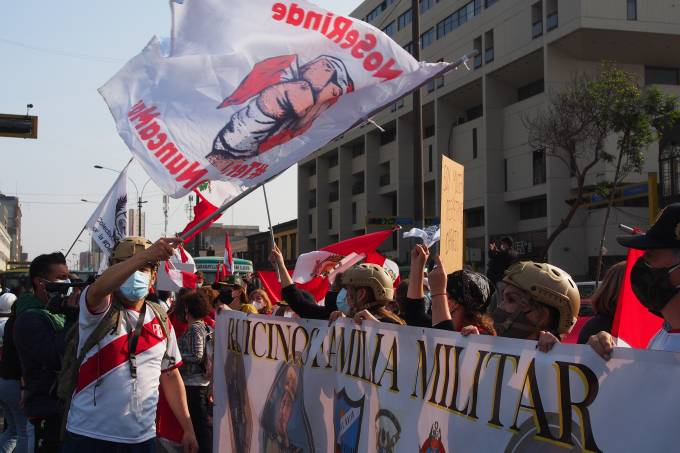 Hundreds, mainly women, carry out a demonstration against