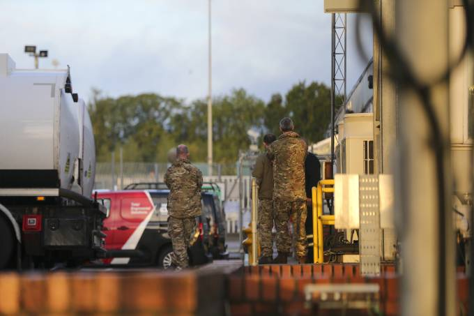 British military to start delivering fuel to petrol stations