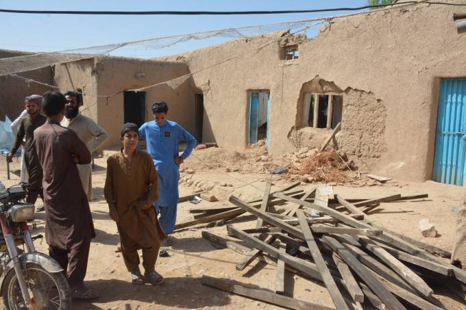 At least 20 dead after magnitude 5.9 earthquake strikes southwest Pakistan