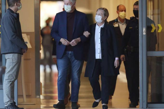 Former President Bill Clinton, standing with his wife, Hillary, was discharged from UC Irvine Medical Center Sunday morning, six days after he was admitted and treated for a urological and blood infection.