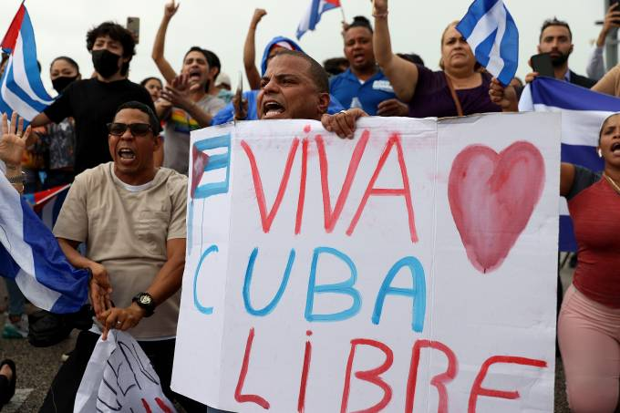 Rally In Miami Held In Support Of Cuban Protestors