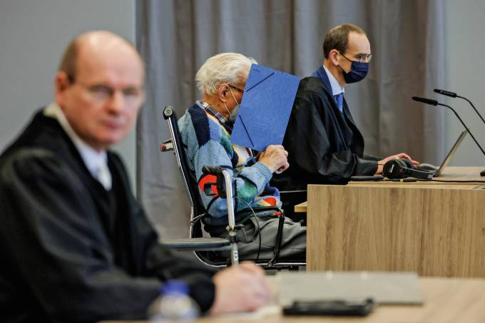 100-Year-Old Former Concentration Camp Guard Goes On Trial