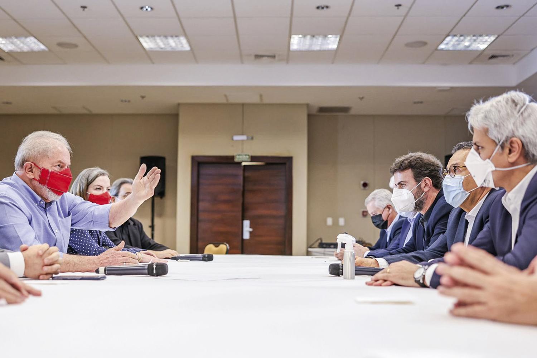 CONVERSAS- Reunião com parlamentares de esquerda em Brasília: os encontros na capital tiveram na pauta as alianças para 2022 -