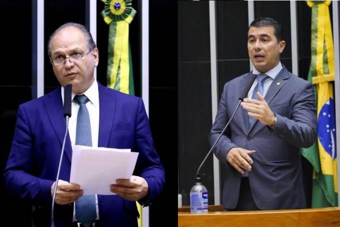 Os deputados federais Ricardo Barros (PP-PR) e Luis Miranda (DEM-DF), no plenário da Câmara