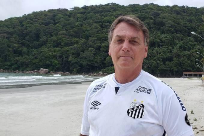 bolsonaro-camisa-santos-868×644