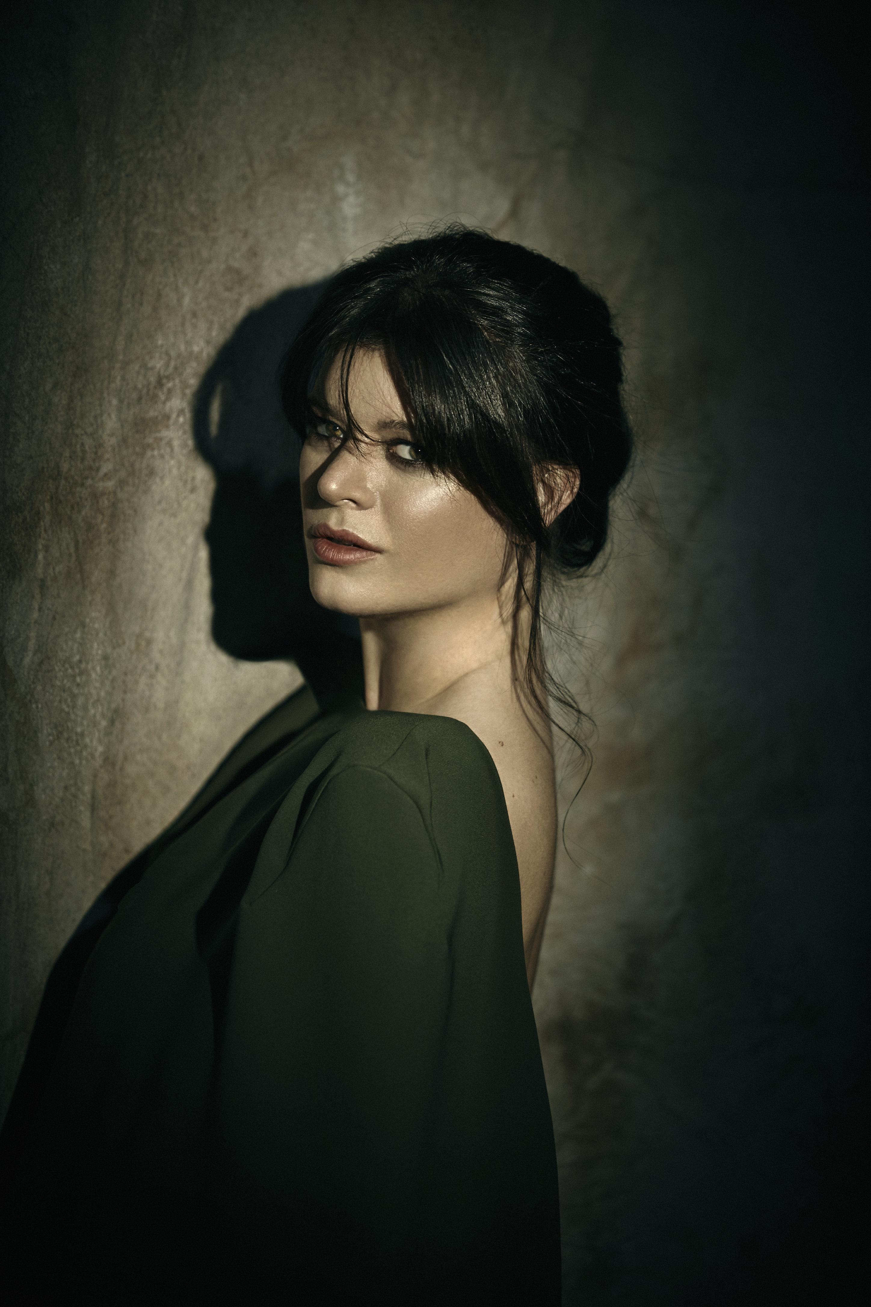 A cantora espanhola Cecilia Krull, intérprete da música de abertura da série 'La Casa de Papel'